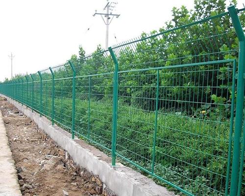 重庆公路双边丝护栏网安装